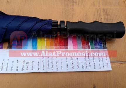 Payung Golf Anti angin ready stok biru 17 handel pedal hitam double ruji rangka