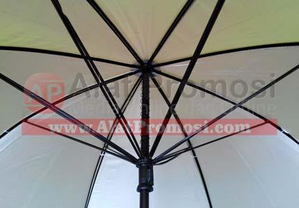 payung golf anti angin ready stock warna hijau pupus dalam silver handel pedal double rangka ruji hitam